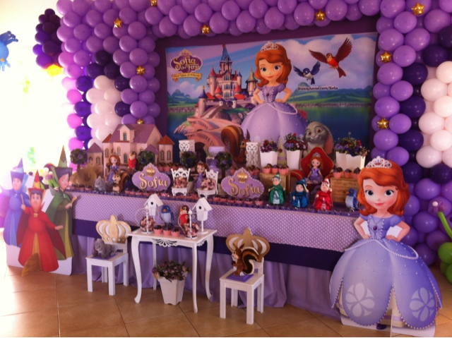 Ideas para decoraci n de cumplea os con princesita sof a for Decoracion cumpleanos princesas